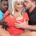 <b>Sally D'Angelo gets DP'd</b>