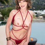 Poolside butt-plugging with Cyndi Sinclair