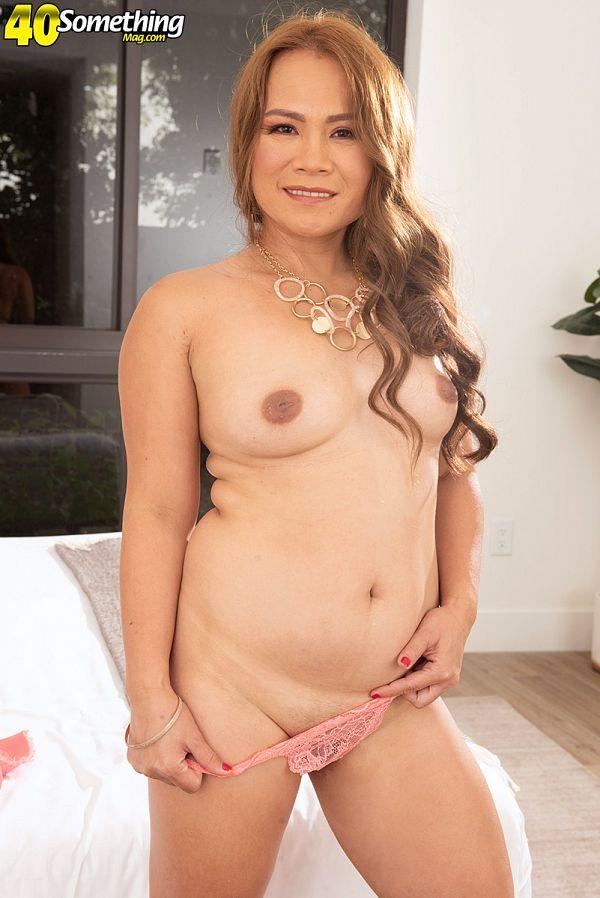 Filipino pussy show